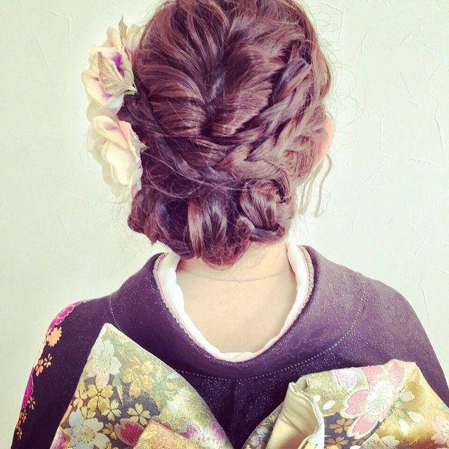 「成人式や卒業式はヘアだって可愛く!編み込みを使った振袖の髪型特集」に含まれるinstagramの画像|MERY [メリー]