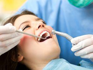 Μην παραμελείτε τα δόντια σας και την στοματική σας υγιεινή!Αποκτήστε την Πανελλήνια Κάρτα Υγείας και εξασφαλίστε τον καθαρισμό σας εντελώς δωρεάν και τις υπόλοιπες εργασίες με 50% έκπτωση!Διαβάστε περισσότερα εδώ... http://www.pankarta.gr/blog/288-pote-ena-donti-xreiazetai-sfragisma