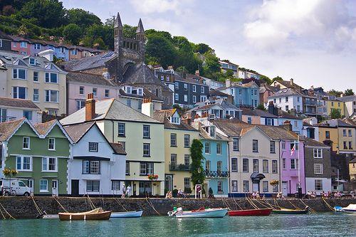Bayards Cove #Dartmouth #Devon www.bythedart.tv