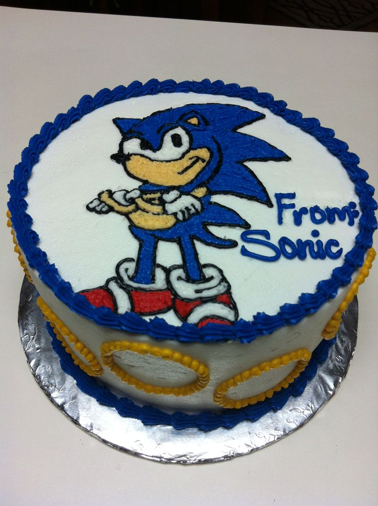 """8"""" double layer sonic the hedgehog cake"""