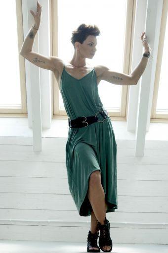 Sukienka Short  Relax  - sukienka, midi,zielona