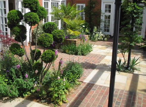 courtyard gardens a london courtyard the smaller the garden the more