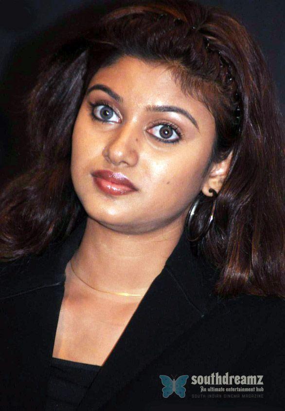 Oviya & Deepasha clash in the sets