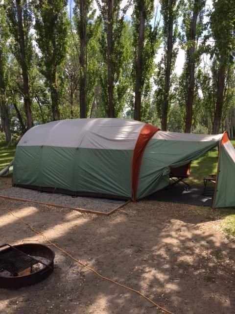 This tent is a c&ground palace for a big family or group of 8 or more. & 237 best Camping Tents images on Pinterest | Go glamping Campsite ...