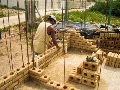 casas com tijolos ecológicos - Pesquisa Google