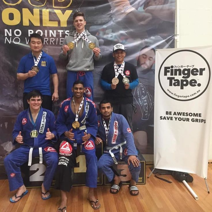 Congratulations to the combined Gracie Barra Blacktown and Gracie Barra Rouse Hill Team. FIRST PLACE ADULT GI at the @aussubonly on the weekend. Be awesome. Save your grips. #柔術 #柔术 #ブラジリアン柔術 #주짓수 #브라질유술 #bjj #jiujitsu #brazilianjiujitsu #judo #유도 #柔道 #fightnight #aussubonly #submissiononly #bjjcompetition #submissiongrappling #graciebarra #instagram #pinterest #fingertape #fingatepu