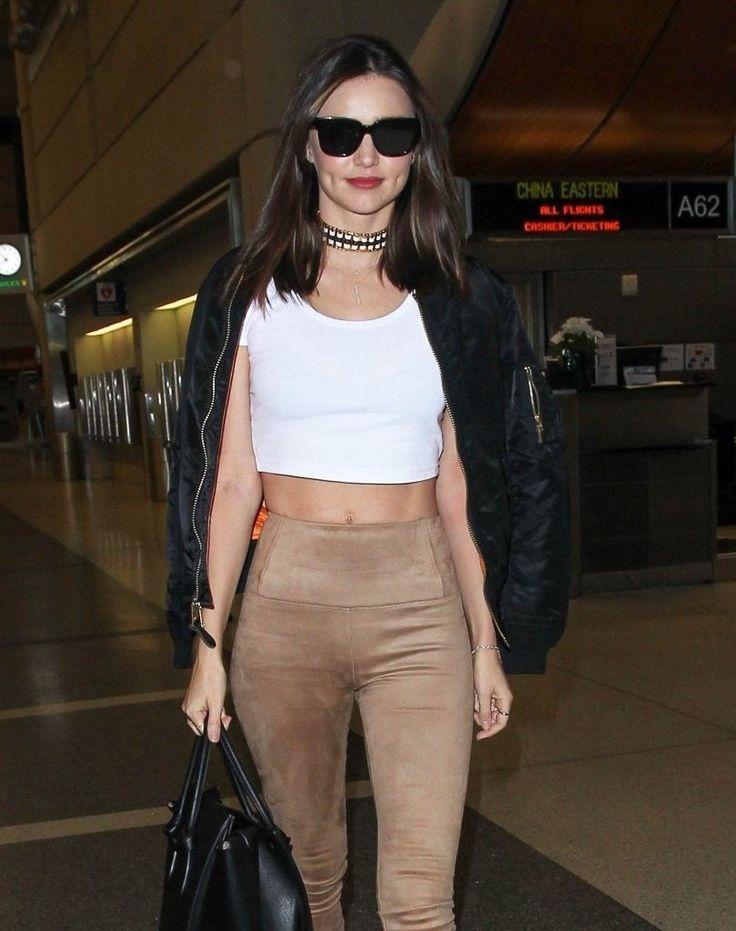 Miranda Kerr – LAX Airport : Global Celebrtities (F) FunFunky.com