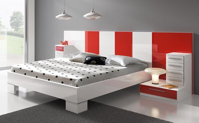 Conjunto muebles de habitación acabados en color rojo y blanco