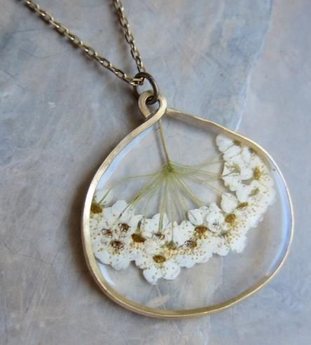 This is gorgeous. :: Pacific Ninebark Pressed Flower Necklace