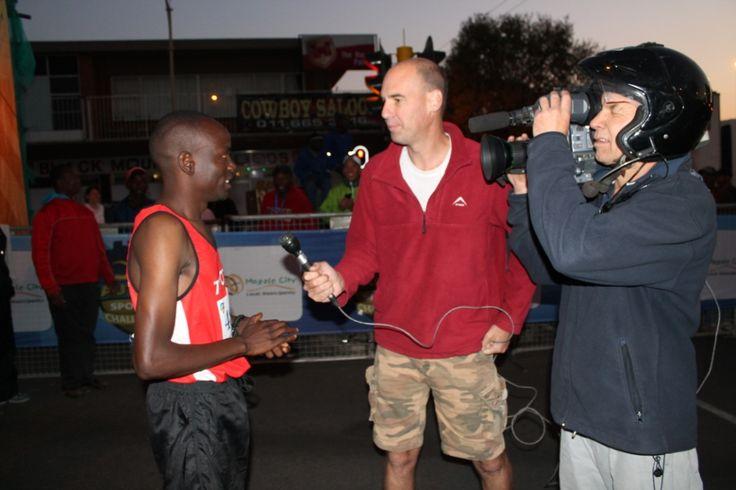 Collen Makaza interview with @sportmansa Manfred Siedler #GautengMarathon #Marathon #Craigsathletes 3013 -