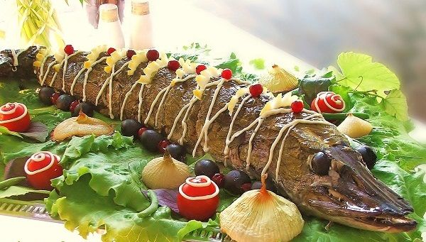 Recipe stuffed pike.