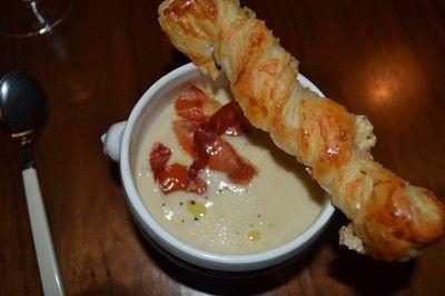 Jordärtskockssoppa med parmesansticks