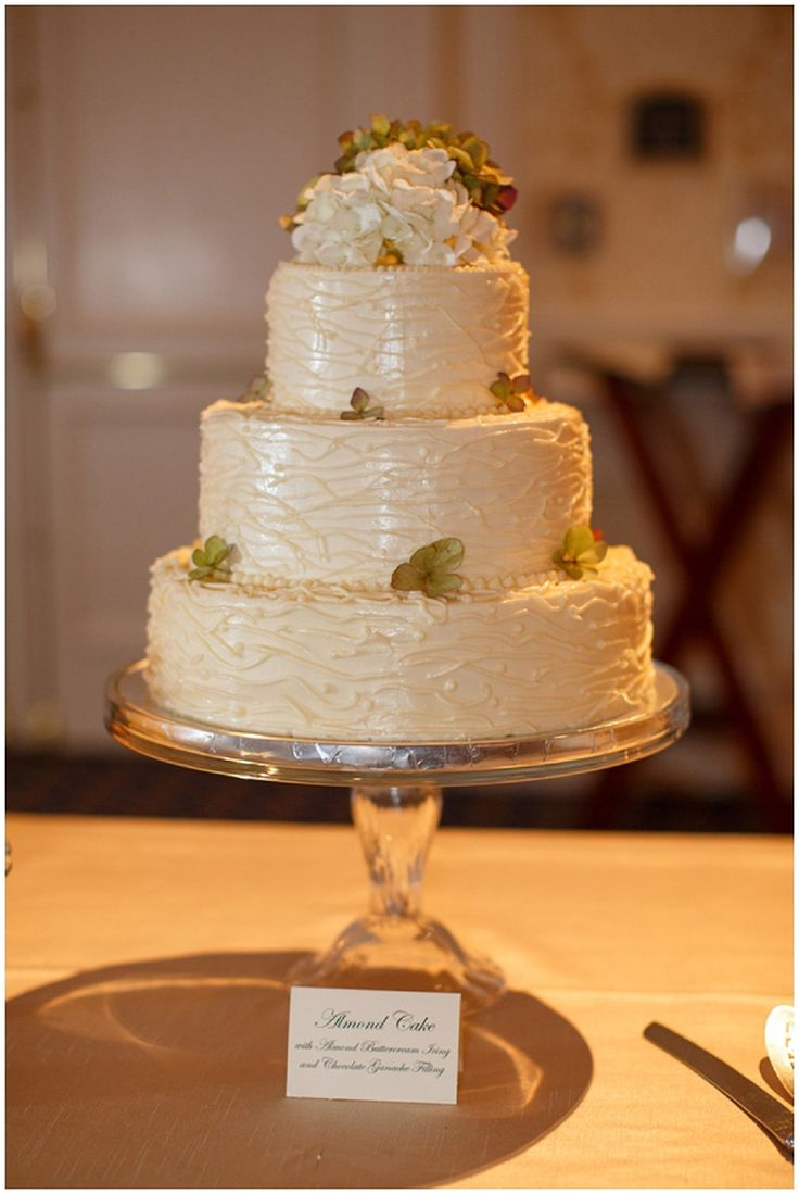 35 best images about carrot wedding cake on pinterest carrot cakes bird cake toppers and. Black Bedroom Furniture Sets. Home Design Ideas