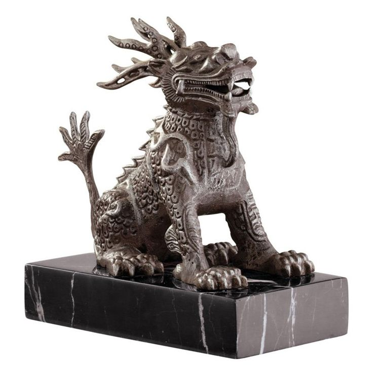 Design Toscano 8 in. Chinese Foo Dog Sculpture - SP837