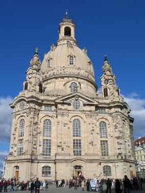Uhren Ankauf Dresden kauft Luxusuhren aller Art. Rolex - Breitling - Omega - Cartier - Glashütte - A.Lange & Söhne - Hublot - Patek Philippe und viele mehr.