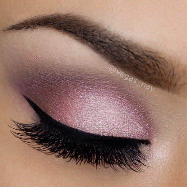 soft pink shimmery look