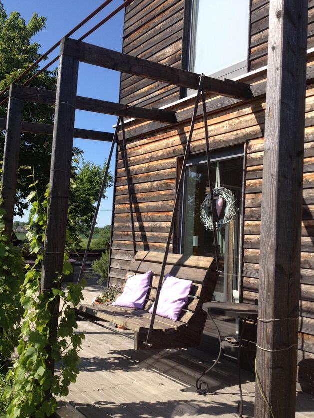 Hollywood Schaukel / wooden swing hammock, garden by JODO-Holzbaudesign via DaWanda.com