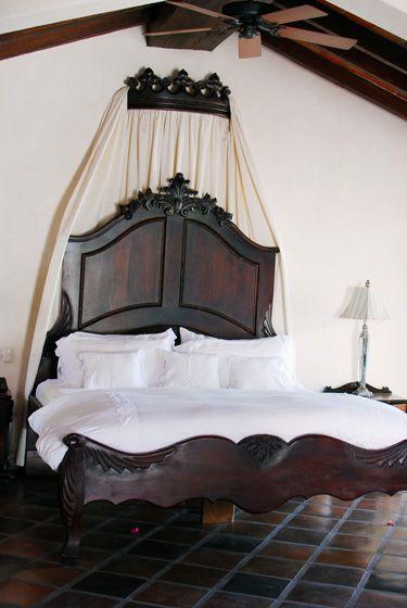 Mexican decor: hacienda decorating