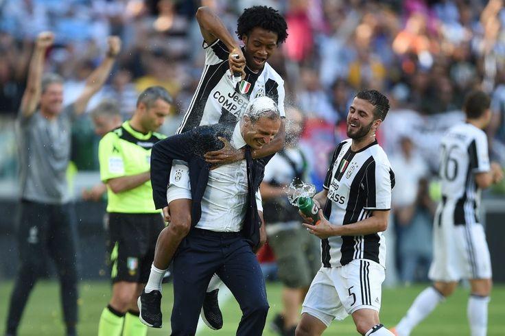 Juventus player Juan Cuardado wearing Adidas FUTURECRAFT