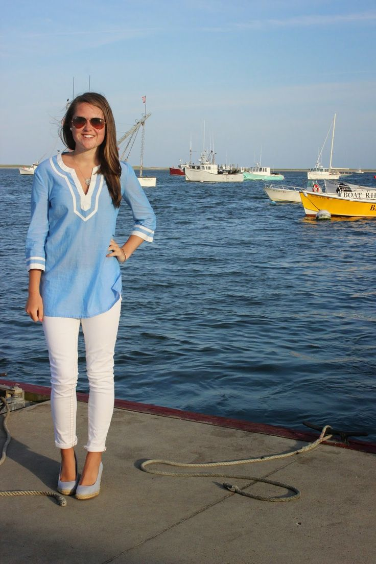 Preppy by the Sea: Tunic + White Jeans