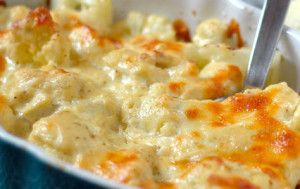 Here's a tasty Banting Recipe for Cauliflower Macaroni Cheese - delicious & low-carb  #bantingmacaroniandcheese