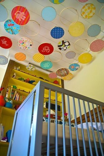 embroidery hoops, what an amazing idea!: Ideas, Babies, Craft, Kids Room, Baby Room, Ceilings, Embroidery Hoops, Mobile