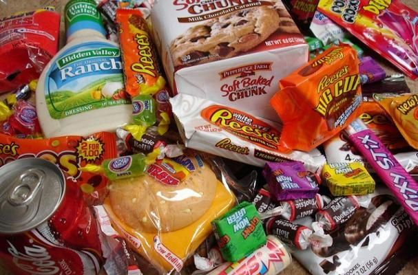 61 Percent of Calories From Processed Foods - http://gazettereview.com/2015/05/61-percent-of-calories-from-processed-foods/