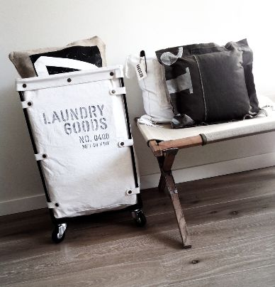 """Chariot """"Laundry Goods"""" (OUTLET)"""