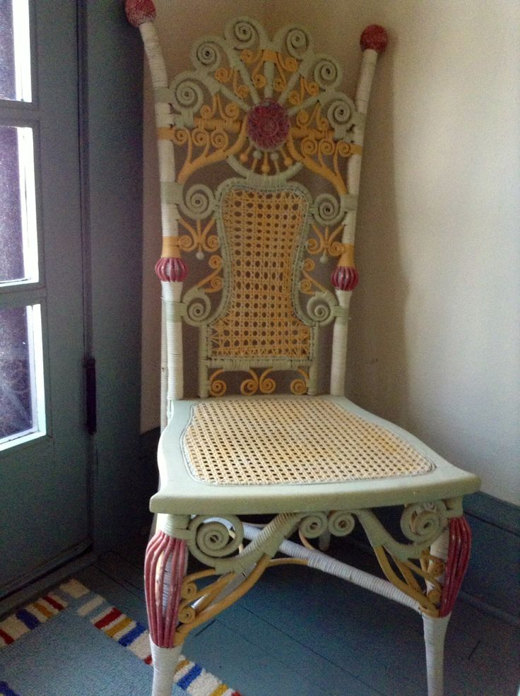 Old Wicker Chair Painted With Annie Sloan 39 S Old White Arles And Scandinavian Pink Decor Ideas