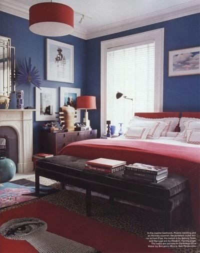 Camera da letto, colori rosso e blu