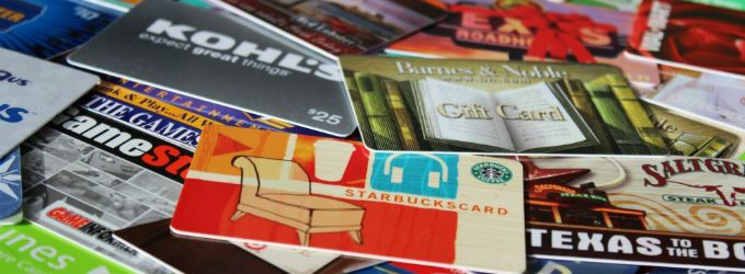 "As the countdown to Christmas begins, Attorney General Mark Brnovich is asking Arizonans to be extra cautious when making last-minute gift card purchases.  ""Gift cards are one of the most requested items on holiday wish lists. Unfortunately, thieves like gift cards too,"" said Attorney General Brnovich.   #arizonastateattorneygeneral #consumerfraud #giftcardscam #giftcards #scam"