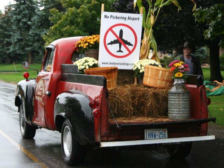 Ron Dawe's classic Studebaker pick-up truck was Land Over Landing's entry in the parade, reminiscent of happier times, when North Pickering was a thriving and bountiful rural community.