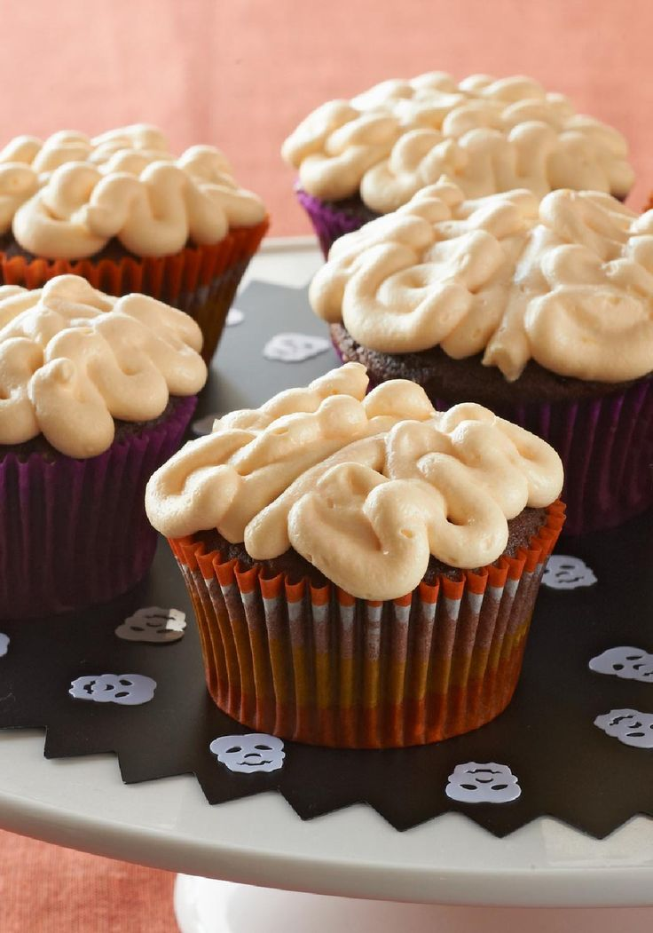 gooey brain cupcakes in this recipe sweetened pudding is piped on top of chocolate cupcakes to look like brains as long as theyre on a halloween - Pudding Halloween Desserts
