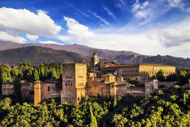 Shutterstock 153834602 Granada