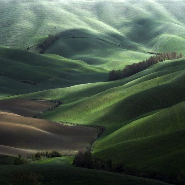 Rolling green hiils, by Marcin Sacha: Favorite Places, Nature, Green, Beautiful Places, Beauty, Landscapes, Space, Photography