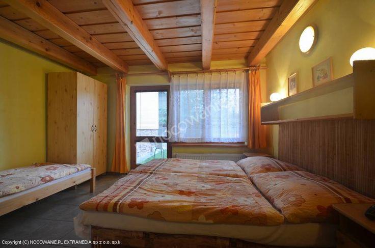 Kwatery prywatne Dony w Liptowskim Mikulaszu cieszą się dobrymi opiniami: http://www.nocowanie.pl/slowacja/noclegi/liptovsky_mikulas/kwatery_i_pokoje/87253/  #travel #sleep #accomodation #nocowaniepl