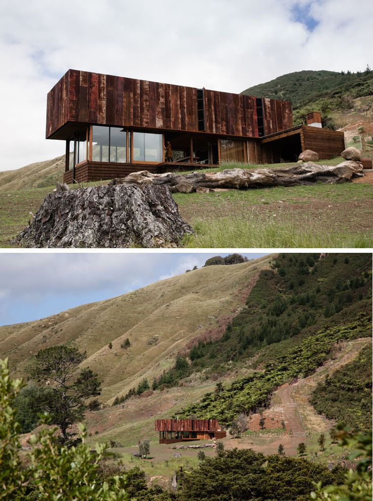 13 Totally Secluded Homes To Escape From The World // This vacation home was built to be a place to retreat to and relax in for a couple who work in the film industry. The house is located on 20 hectares of farmland in New Zealand's Coromandel Peninsula and allows the owners to be self sufficient.