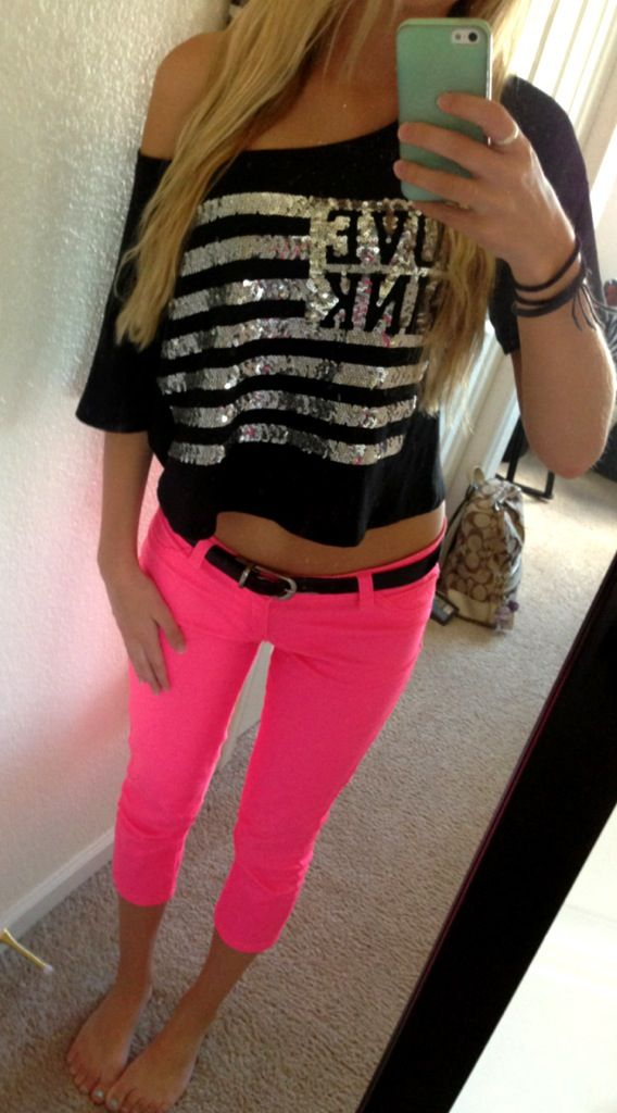 Pair a crop top with colored pants to brighten up a look! VS PINK  I LOOOOVE neon!!