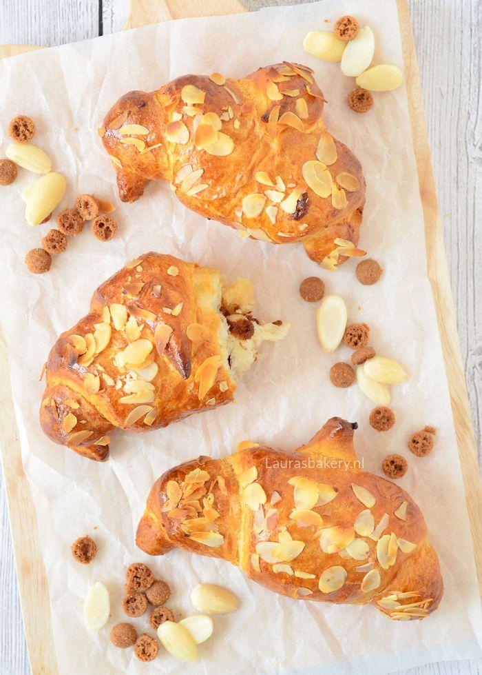 Croissants met spijs en speculaas - Laura's Bakery