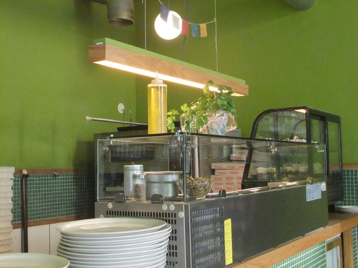 Trattoria Ponte Verde - wood, green walls, mosaic: comfortable and stylish-