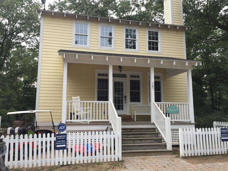 Amazing completely updated for 2017 beach house in resort community is very kid friendly. Great location, close to all of the resorts amenities and backs up to the amazing play park. Three Bedrooms plus a loft and ...