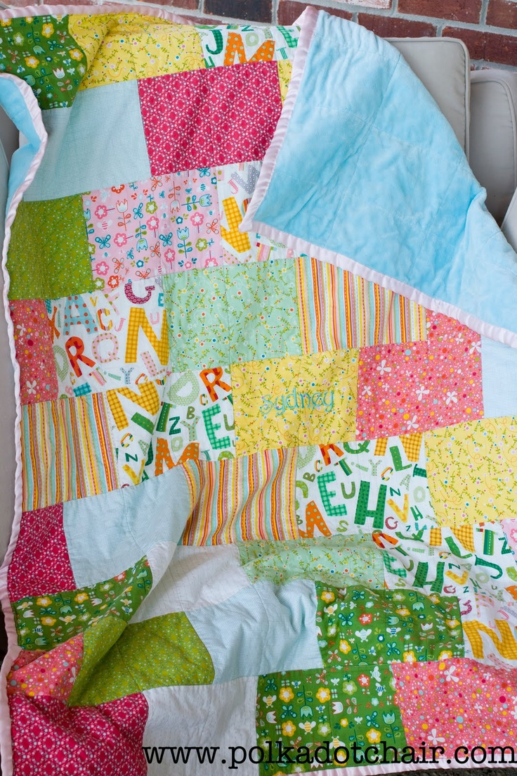 Snuggly Bricks QuiltSimple Quilt, Polka Dots, Bricks Quilt, Quilt Block, Quilt Patterns, Fat Quarters, Easy Quilts, Quilt Tutorials, Baby Quilt