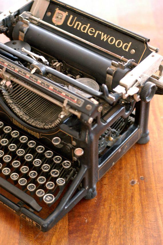 Underwood Model No 5 Typewriter by #bonnbonn on #Etsy