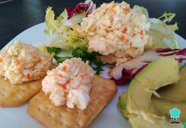 Receta de Palitos de cangrejo con mayonesa y huevo #RecetasGratis #RecetasFáciles #RecetasdeCocina #Dips #Salsas #RecetadeSalsas #Paté #PalitosCangrejo