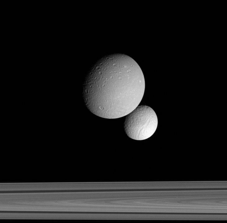Saturn's moons Dione and Tethys are caught in a celestial tango (Image: NASA/JPL/Space Science Institute)