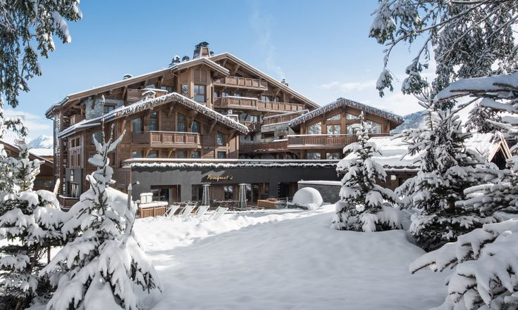 A brand new hotel to Courchevel 1850 - Hotel Barriere des Neiges. Ski in-ski out hotel on the Bellecote piste, excellent location.