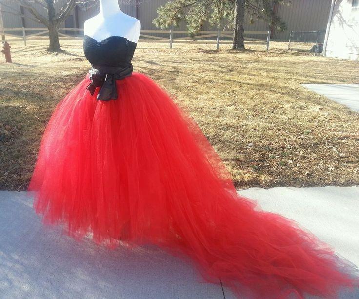 Adult tutu tulle skirt with detachable train,wedding, goth, bridal petticoat #Handmade #Maxi