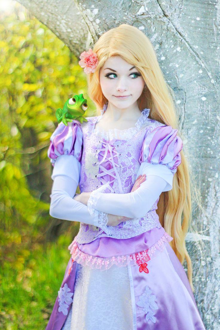 Rapunzel - Tangled - Cosplay by srcircusdoll.deviantart.com on @DeviantArt