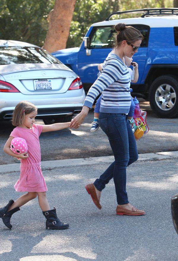 Jennifer Garner Pregnant Again? New Pic Sparks Bump Reports