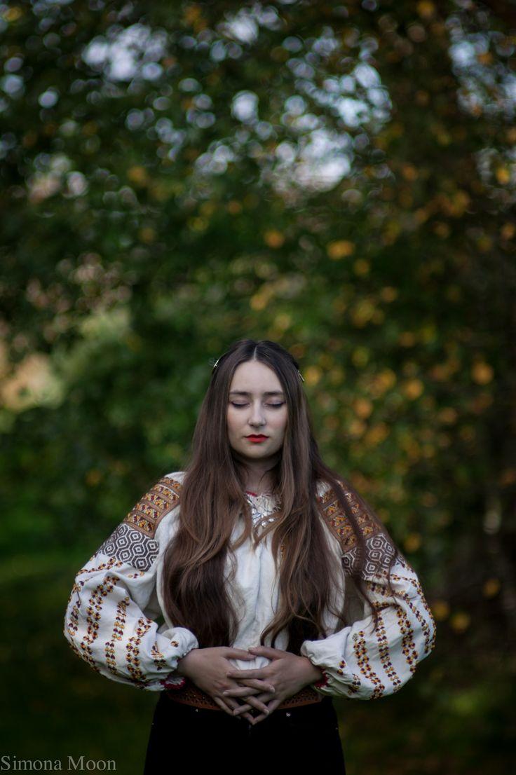 Traditional Romanian blouse from Bucovina made by Simona Niculescu. Photo by Radu Niculescu.